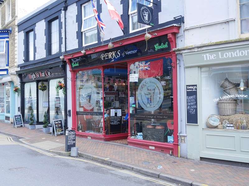 2 Bedrooms Pub Commercial for sale in High Street, Ventnor, Isle Of Wight. PO38 1LT