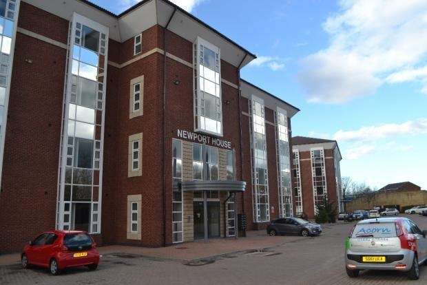 1 Bedroom Flat for sale in Newport House, Stockton-On-Tees, Cleveland, TS17 6SE
