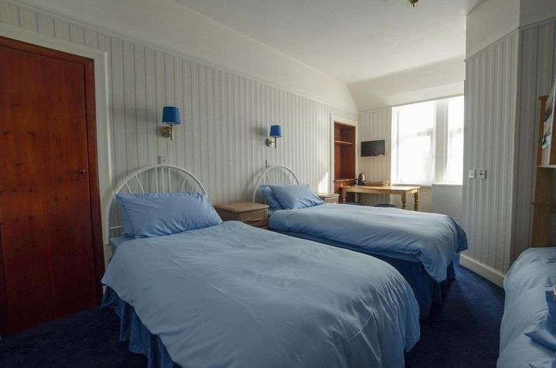 11 Bedrooms Property for sale in Moss Street, Elgin
