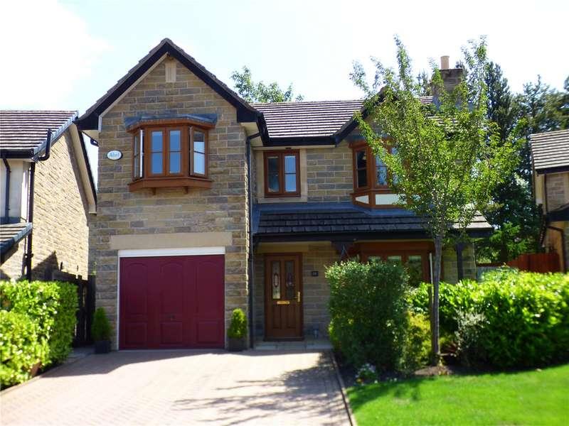 5 Bedrooms Detached House for sale in Scotty Brook Crescent, Glossop, Derbyshire, SK13