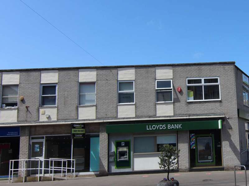 Commercial Property for rent in High Street, Worle, Weston-super-Mare