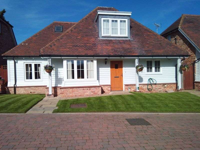 3 Bedrooms Property for sale in Lower St. Marys, Ticehurst