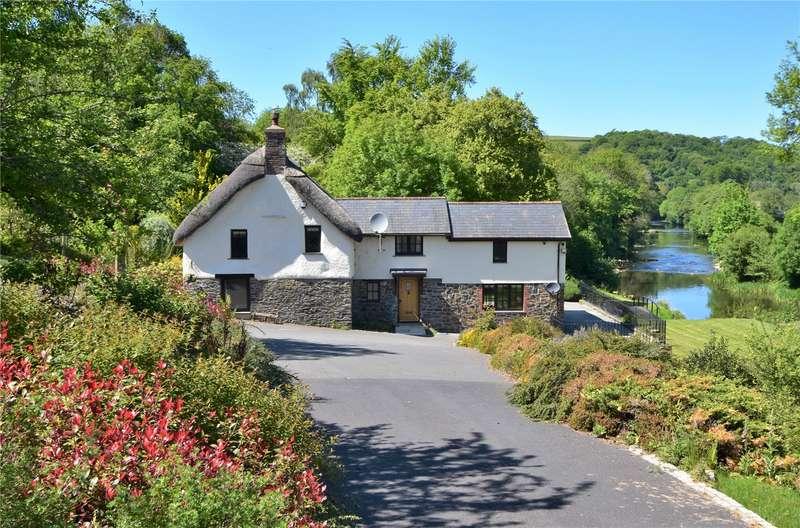 4 Bedrooms Detached House for sale in High Bickington, Umberleigh, Devon, EX37