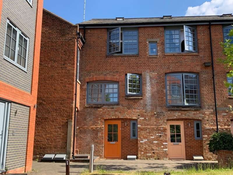3 Bedrooms Town House for sale in The Old British School, Southampton Street, Reading, RG1