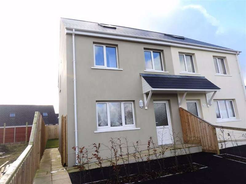 3 Bedrooms Detached House for sale in Crug Yr Efydd, Crymych, Pembrokeshire