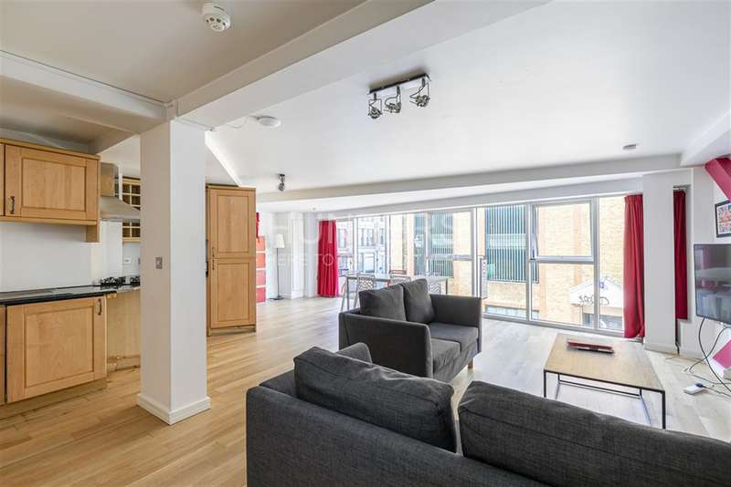 3 Bedrooms Flat for rent in Farringdon Road, London, EC1R
