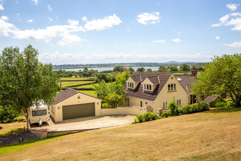 6 Bedrooms Detached House for sale in Venns Gate, Cheddar