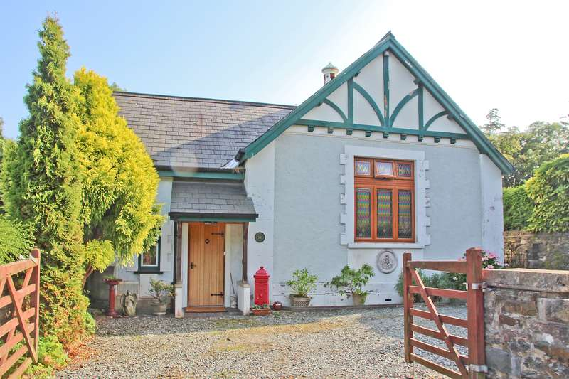 4 Bedrooms Detached House for sale in Hill Street, Menai Bridge, Anglesey, LL59