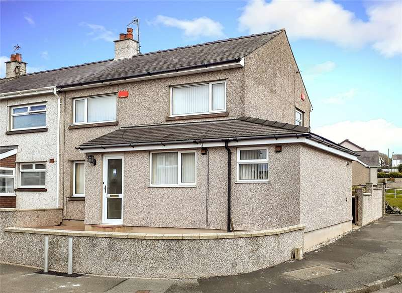 4 Bedrooms Terraced House for sale in Trem Eryri, Llanfairpwll, Sir Ynys Mon, LL61