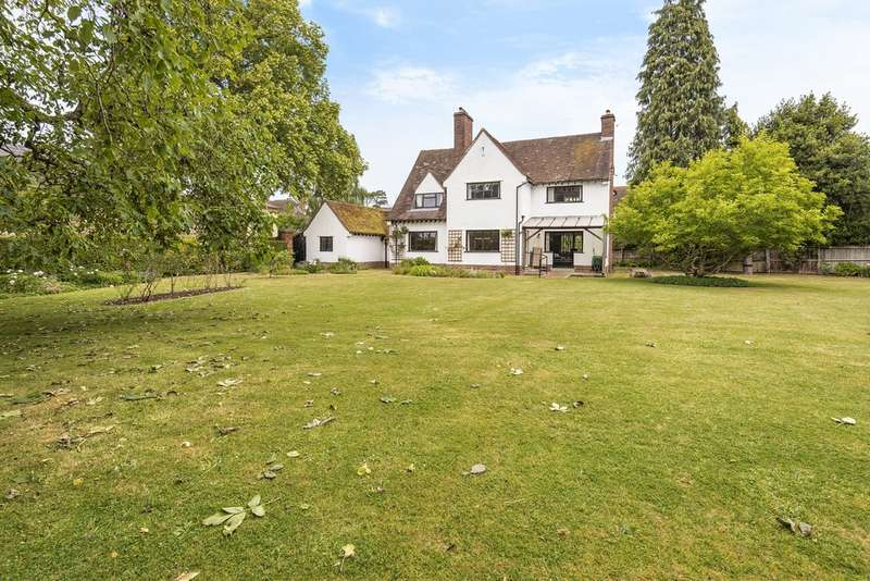 4 Bedrooms Detached House for sale in Nr Montpellier, Cheltenham