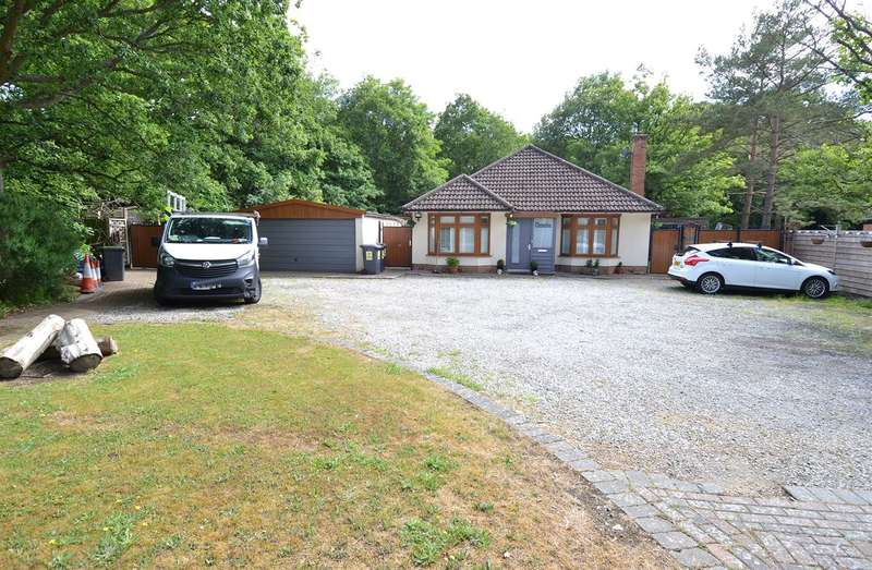 2 Bedrooms Detached Bungalow for sale in Radfall Road, Chestfield, Whitstable