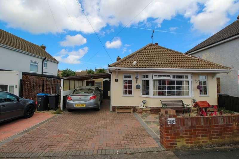 2 Bedrooms Detached Bungalow for sale in Highfield Road, Ramsgate, CT12