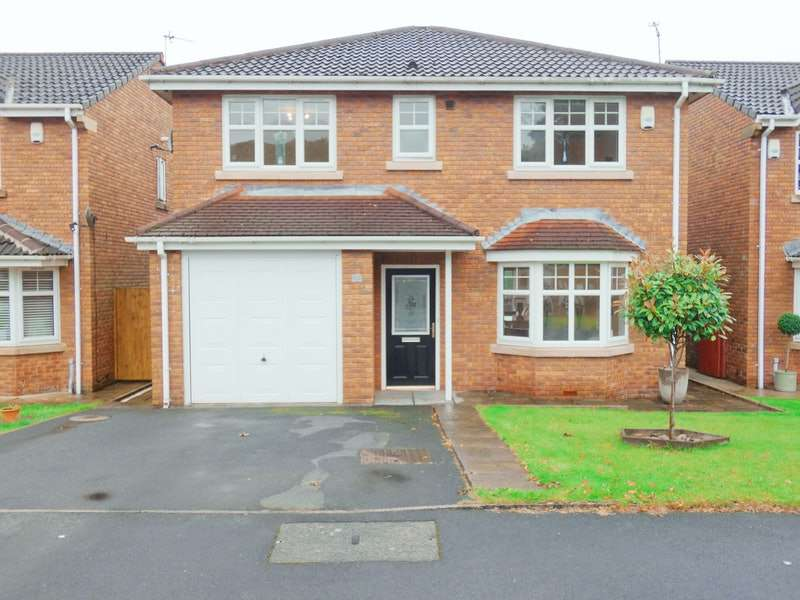 4 Bedrooms Detached House for sale in Maltby Court, Oldham, Greater Manchester, OL4