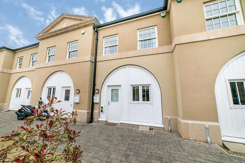 3 Bedrooms House for sale in The Courtyard, Axwell Park, Blaydon-on-Tyne, Tyne and Wear, NE21