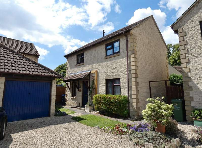 3 Bedrooms Detached House for sale in Magnolia Rise, Calne