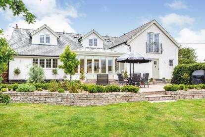 4 Bedrooms Detached House for sale in Puddle House Lane, Singleton, Poulton-Le-Fylde, Lancashire, FY6