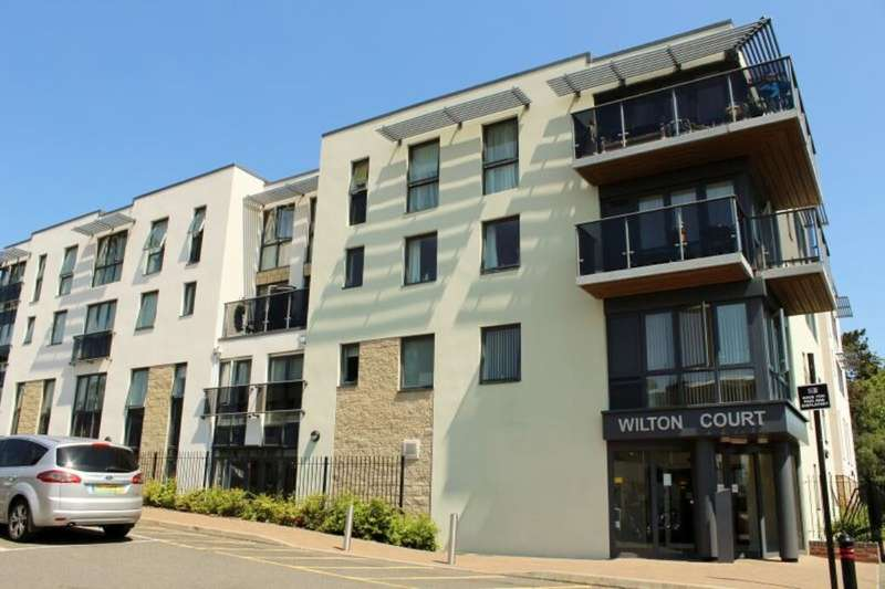 2 Bedrooms Flat for sale in Southbank Road, Kenilworth, CV8