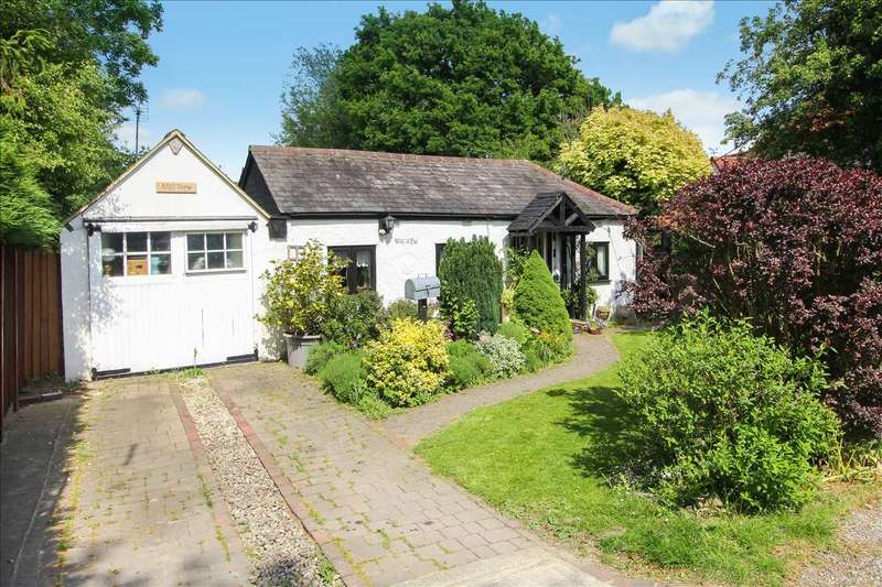 4 Bedrooms Bungalow for sale in 'Mill View', Moreton, Magdalen Laver, Ongar