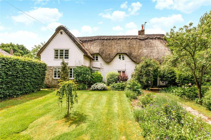 4 Bedrooms Detached House for sale in The Butts, Lydiard Millicent, Wiltshire, SN5