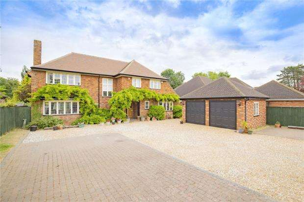 5 Bedrooms Detached House for sale in Houghton Road, St. Ives, Cambridgeshire