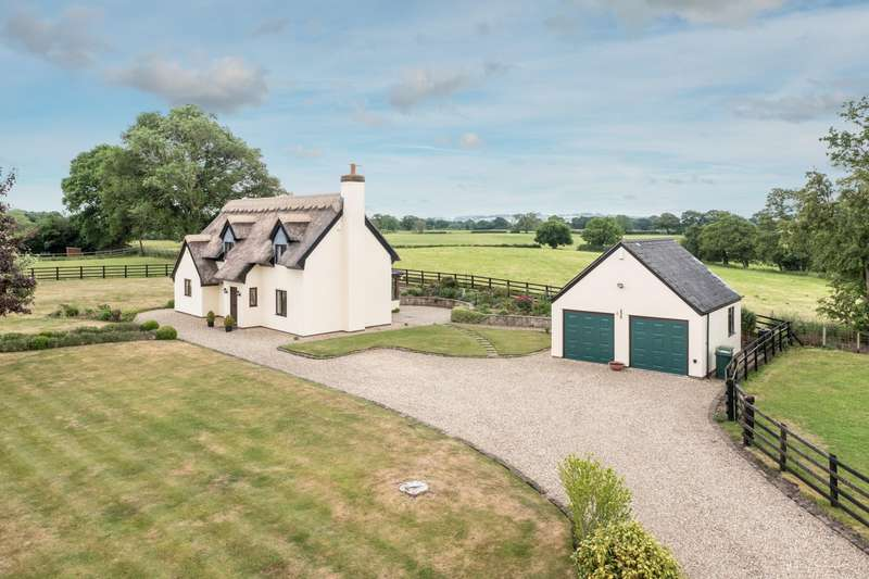 4 Bedrooms House for sale in 4 bedroom House Detached in Bickley