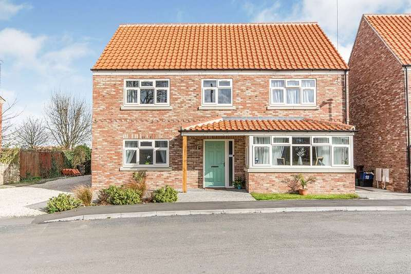 6 Bedrooms Detached House for sale in St. Marys Approach, Hambleton, Selby, YO8