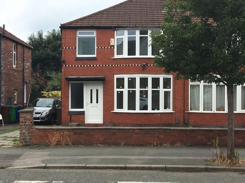 5 Bedrooms Semi Detached House for rent in Parrs Wood Road, Withington M20