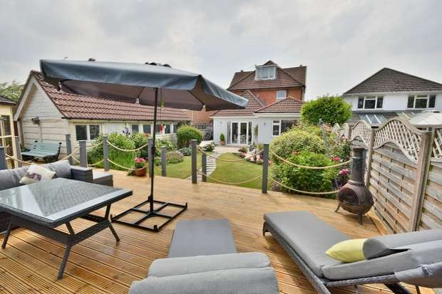 6 Bedrooms Detached House for sale in Richmond Park Avenue, Queens Park, Bournemouth