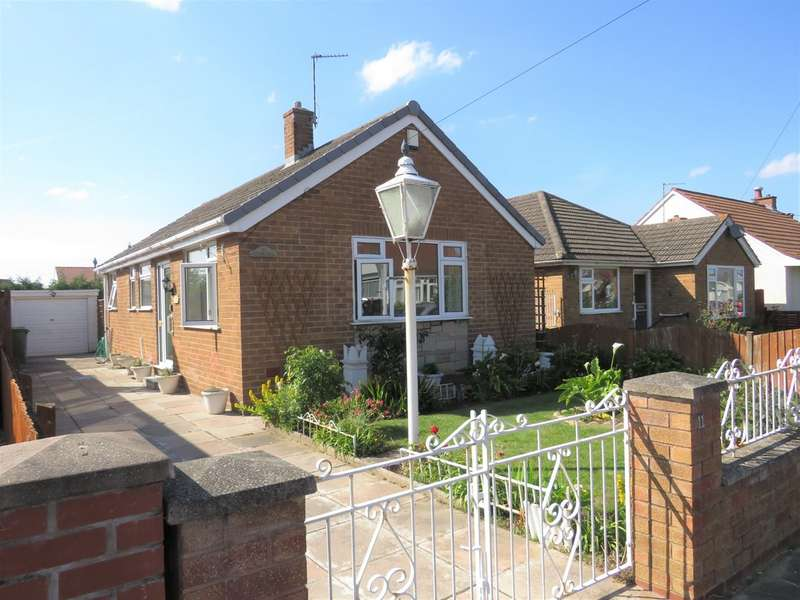 Property for sale in Hardie Avenue, Moreton CH46