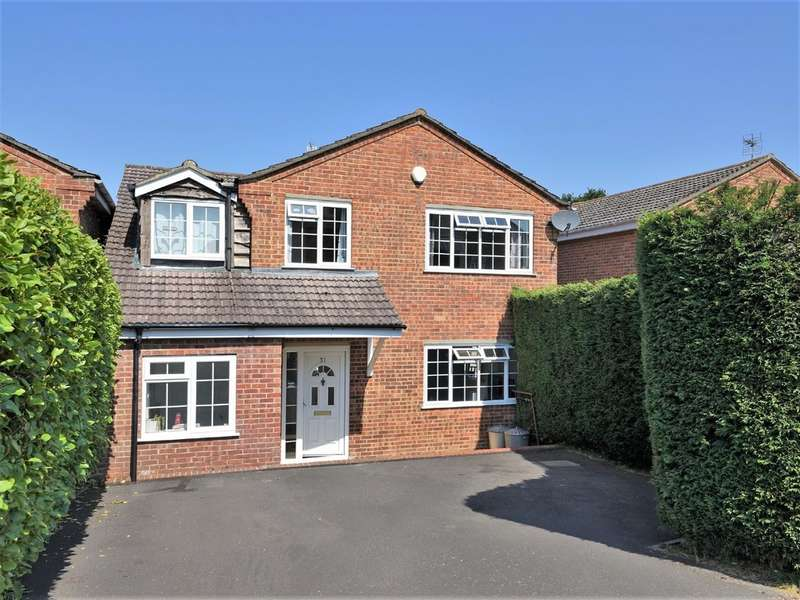 4 Bedrooms Detached House for sale in The Glade, Langley