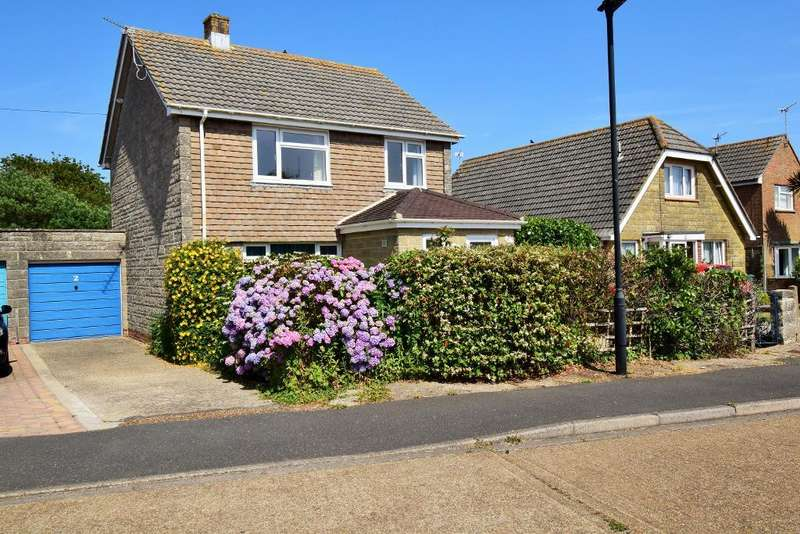 3 Bedrooms Detached House for sale in Brook Furlong, Bembridge, Isle of Wight, PO35 5QR