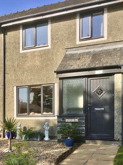 3 Bedrooms Terraced House for sale in Maes Y Garth, Minffordd, Penrhyndeudraeth, Gwynedd, LL48