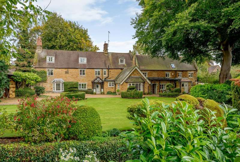 6 Bedrooms Detached House for sale in Church Way, Northampton