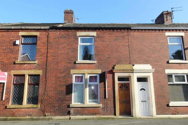 2 Bedrooms Terraced House for sale in Nuttall Street, Blackburn, Lancashire, BB2