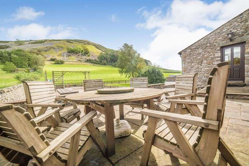 6 Bedrooms Property for sale in Stunning barn conversion