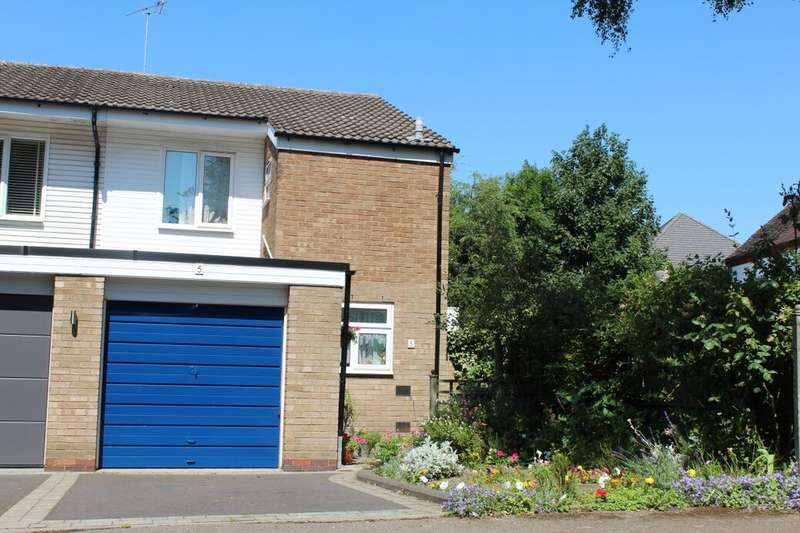 3 Bedrooms Semi Detached House for sale in Dove Close, Birmingham, B25