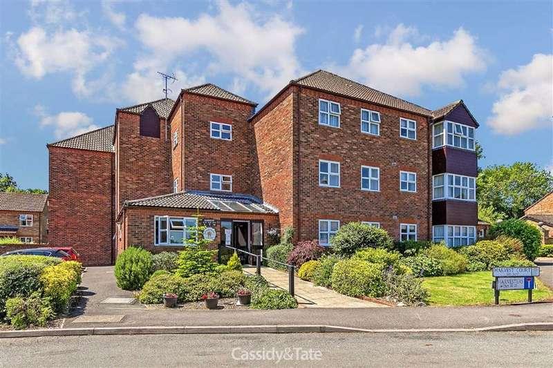2 Bedrooms Property for sale in Harvest Court, St. Albans, Hertfordshire - AL4 9QY