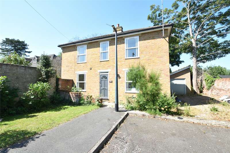 4 Bedrooms Detached House for rent in Riseley Road, Maidenhead, Berkshire, SL6