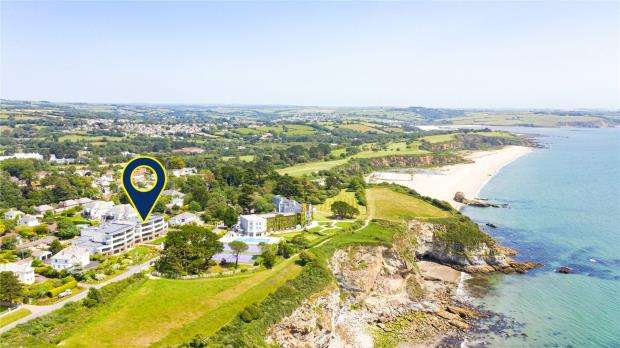 2 Bedrooms Apartment Flat for sale in Ocean House, Sea Road, St. Austell, Cornwall