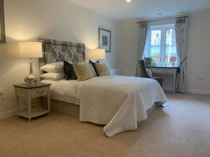 2 Bedrooms Retirement Property for sale in Purbrook, Waterlooville, Hampshire