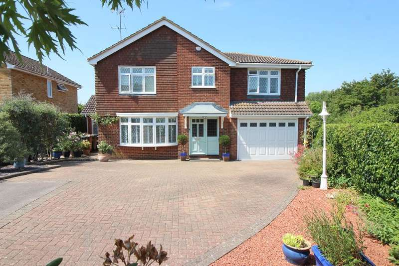 3 Bedrooms Detached House for sale in Turnpike Drive, Luton, Bedfordshire, LU3 3RB