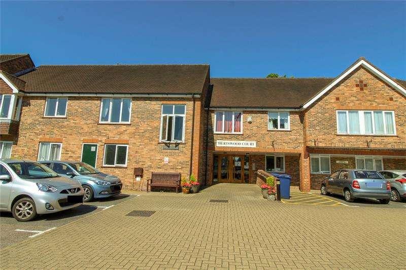 1 Bedroom Apartment Flat for sale in Hertswood Court, Hillside Gardens, High Barnet, Hertfordshire, EN5