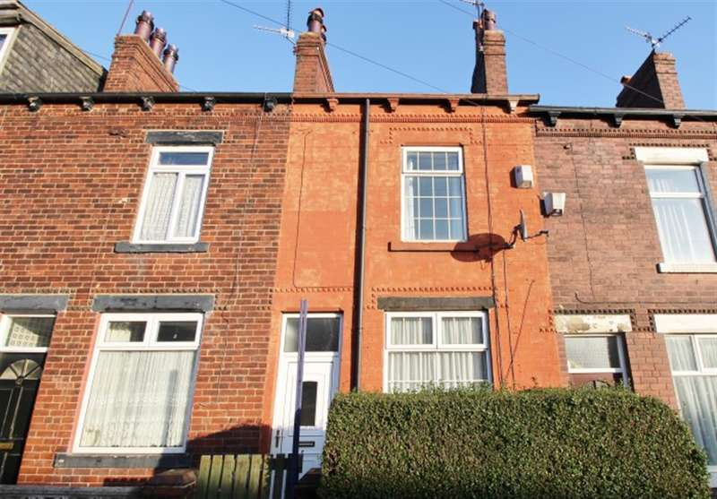 4 Bedrooms Terraced House for rent in Highfield Road , Bramley, Leeds, LS13 2BX