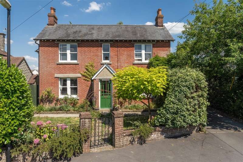 4 Bedrooms House for sale in Bremilham Road, Malmesbury