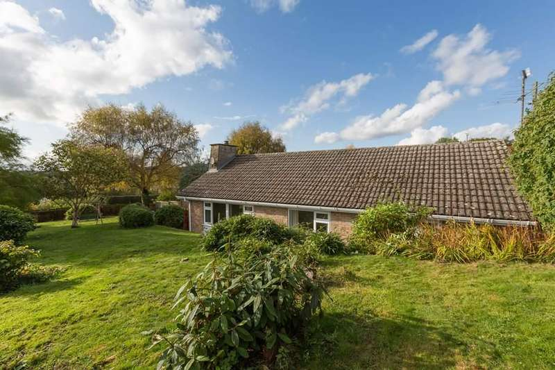 3 Bedrooms Detached Bungalow for sale in Lucton, Leominster