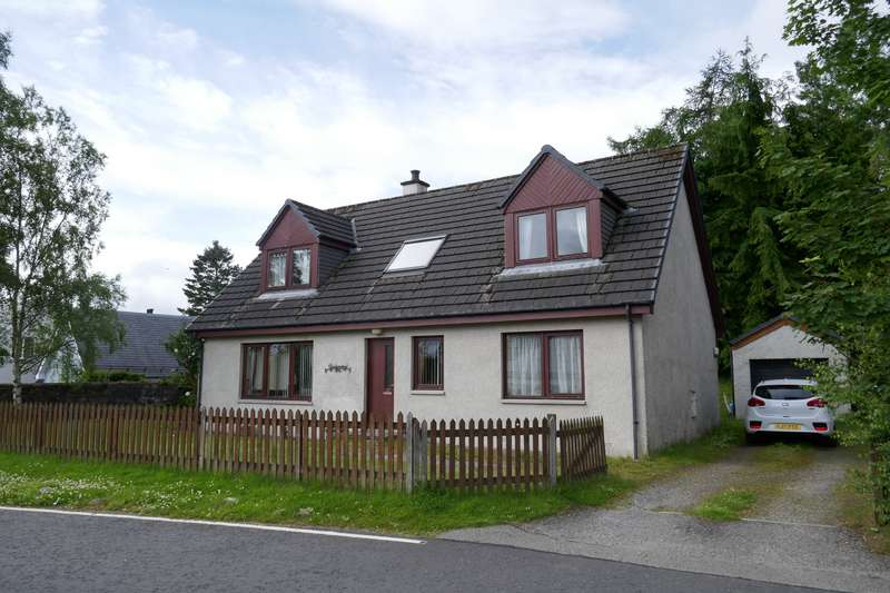 3 Bedrooms Detached House for sale in Newtonmore, PH20 1DN