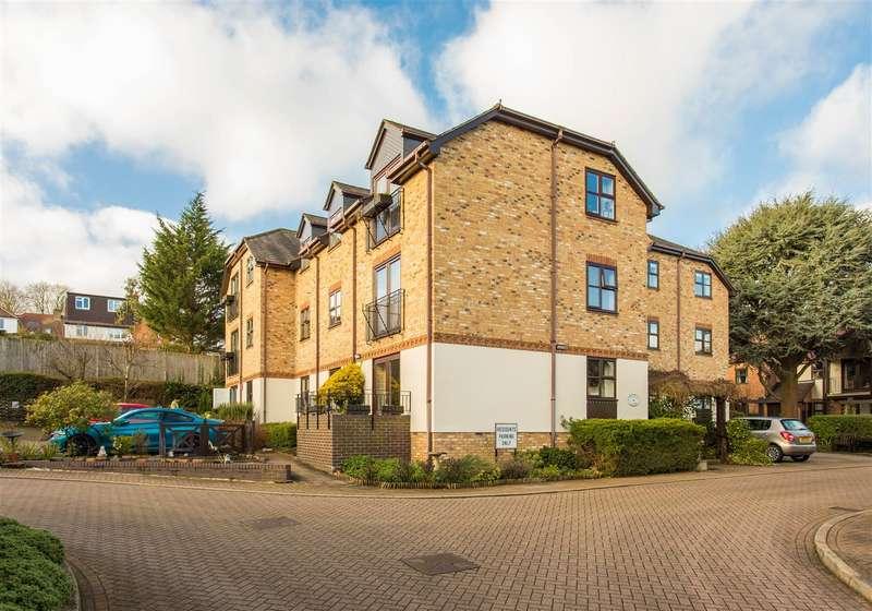 2 Bedrooms Retirement Property for sale in Watling Street, Radlett