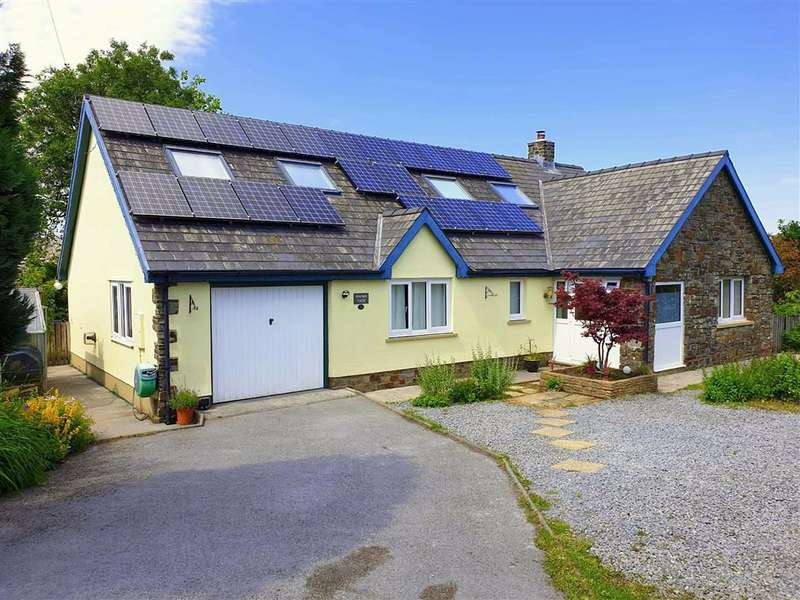 5 Bedrooms Property for sale in Lime Grove, Whitland, Pembrokeshire