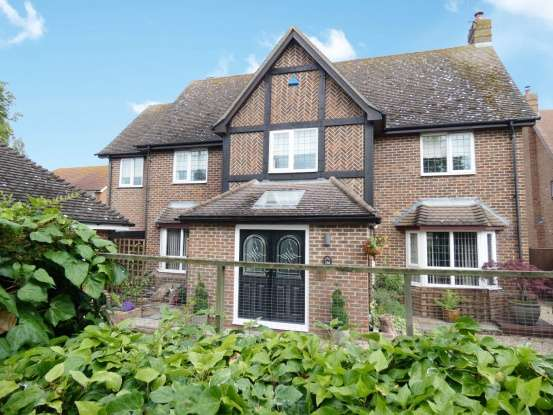 5 Bedrooms Detached House for sale in Maldon Road, Colchester, Essex, CO5 0PH