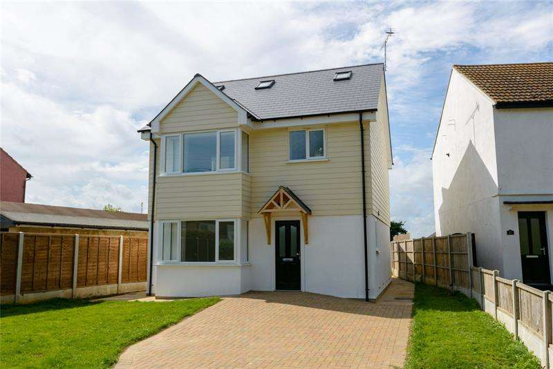 4 Bedrooms Property for sale in Church Road, Barling Magna, Essex, SS3